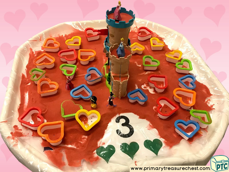 Valentine's Day - Dydd Santes Dwynwen - Heart Themed Small World - Numbers Multi-sensory – Sand Tuff Tray Ideas and Activities