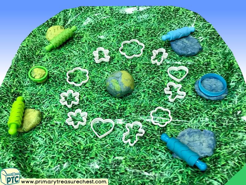 Our World Themed Playdough  Multi-sensory Tuff Tray Ideas and Activities
