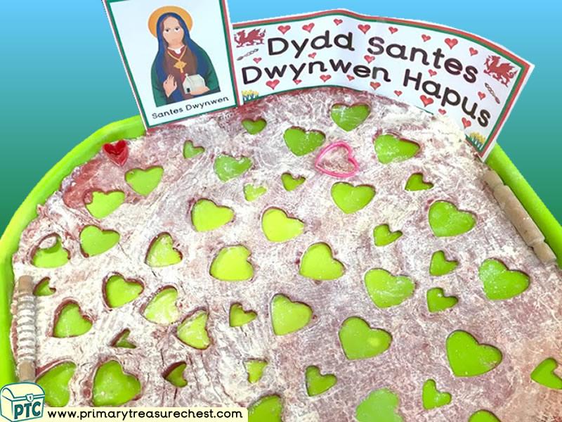Wales - Saint David's Day - Dydd Santes Dwynwen Themed Playdough Multi-sensory Tray Ideas and Activities