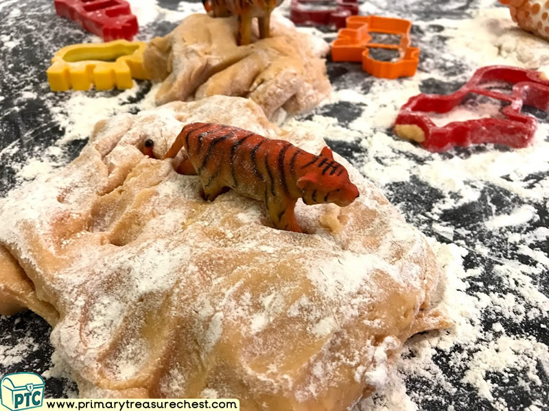 Safari - Lion - Jungle Animal Themed Playdough  Multi-sensory - Tuff Tray Ideas and Activities