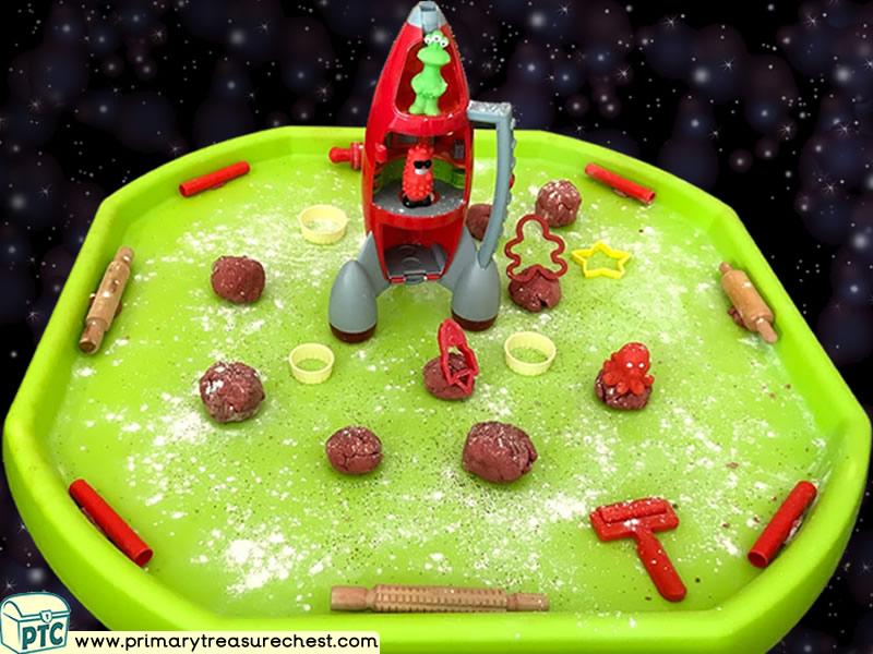 Space - Rocket - Alien - Astronauts - Moon Rock Themed Playdough Multi-sensory Tuff Tray Ideas and Activities